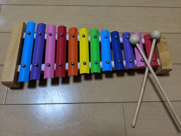 子供用の鉄琴の写真