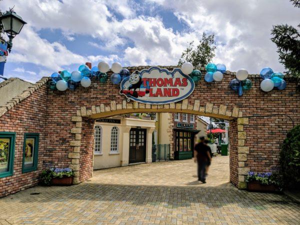 トーマスランド入口の写真